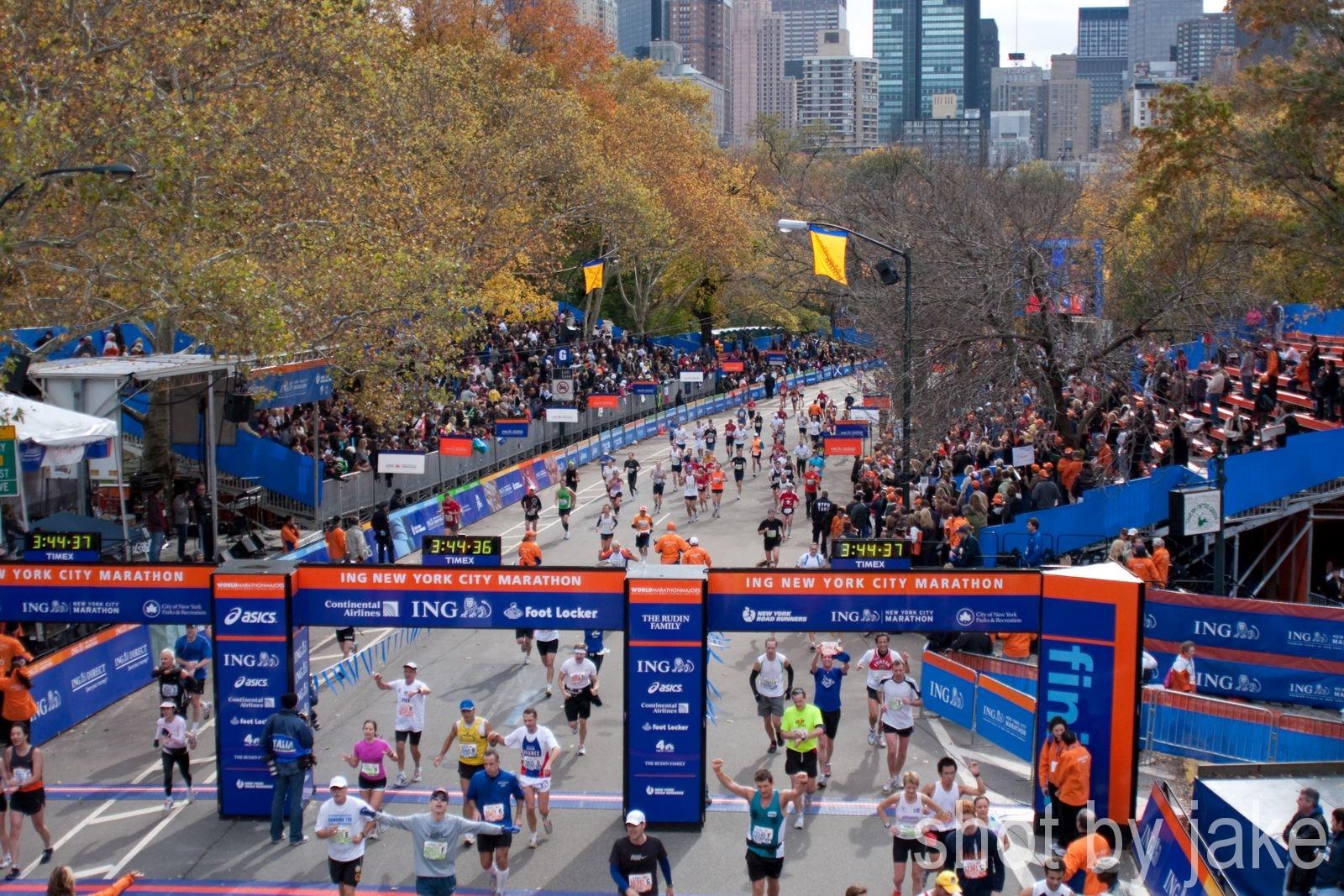 when does the new york city marathon start