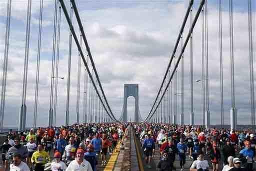 Runners on the Verazzano Bridge, Staten Island